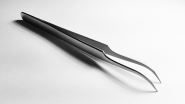 Large tweezers, Strongly curved